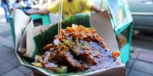 Cungkring Pak Jumat merupakan tempat yang menyediakan makanan enak di kota bogor