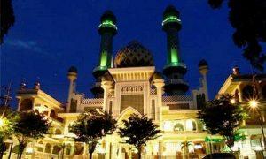 Sumber : www.malang-guidance.com/masjid-agung-jami-malang-kota/