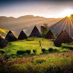 Rumah Adat Wae Rebo : Desa di Atas Awan Indonesia yang Eksotis